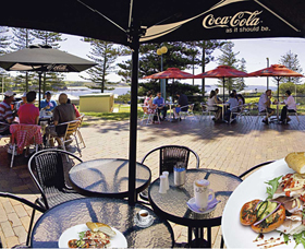The Beach and Bush Gallery and Cafe - Mackay Tourism