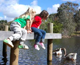 Vasse River and Rotary Park - Mackay Tourism