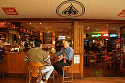 Aces Bar and Bistro - Mackay Tourism