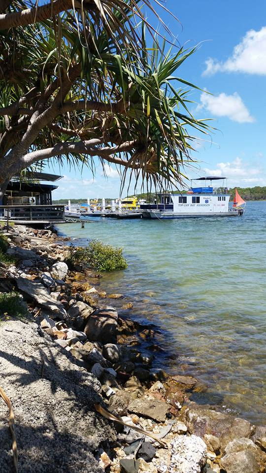 Tin Can Bay Yacht Club Bistro - Mackay Tourism