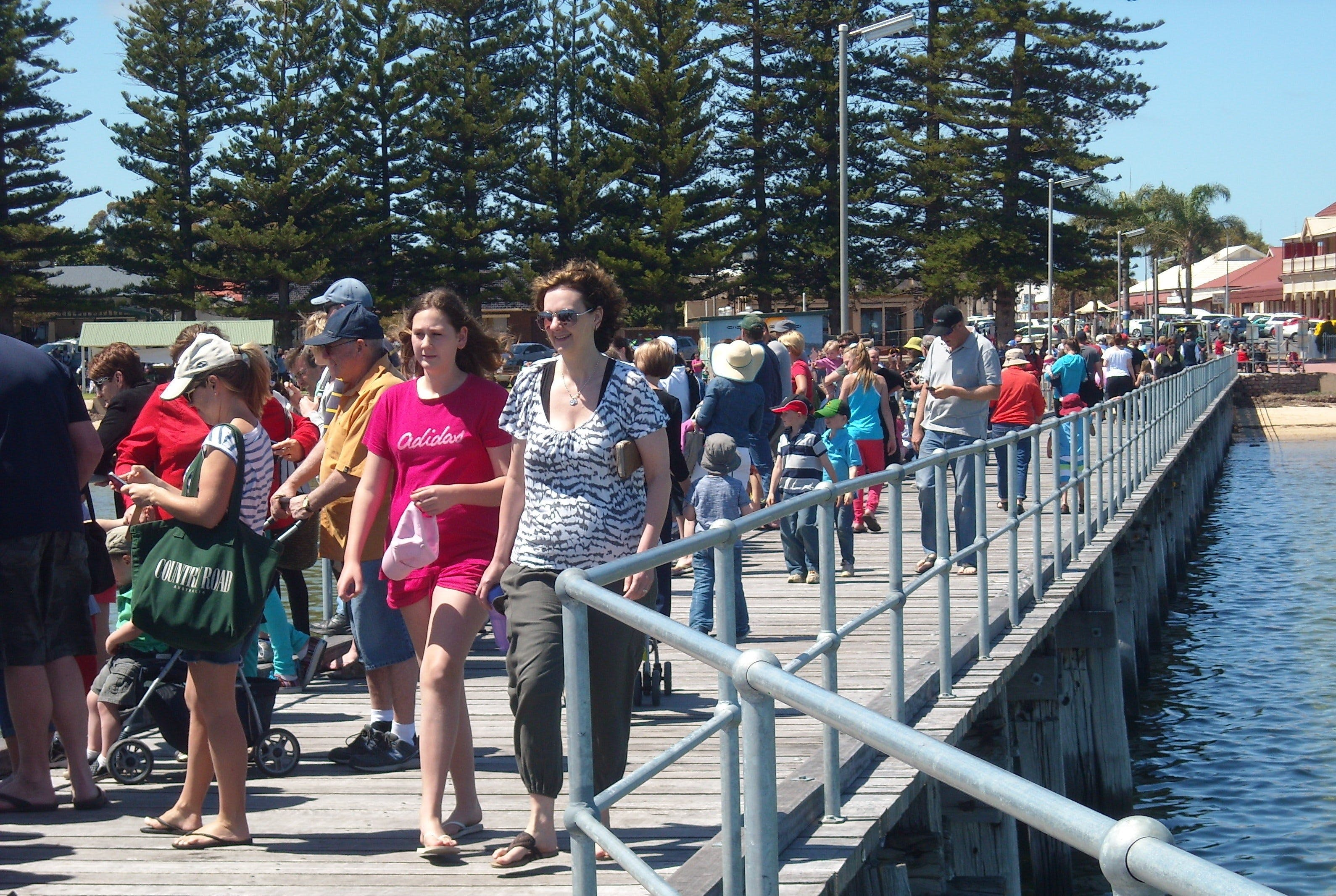 Port Broughton Annual Rubber Duck Race - Mackay Tourism