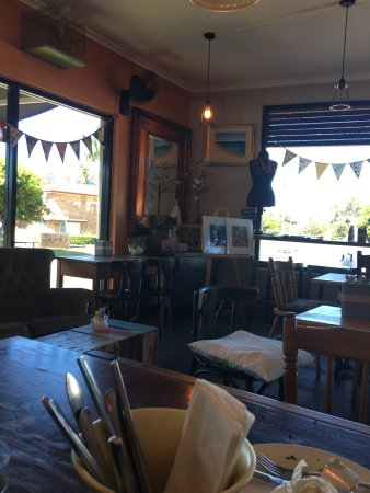 Two Birds Gallery Cafe - Mackay Tourism
