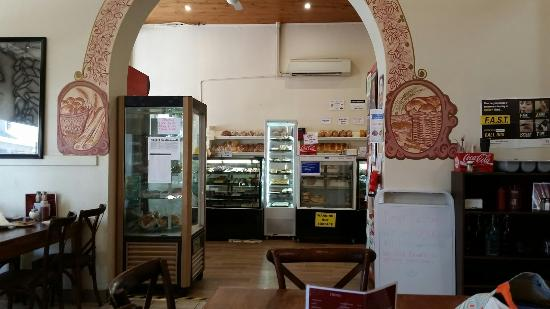 Country Cob Bakery - Mackay Tourism