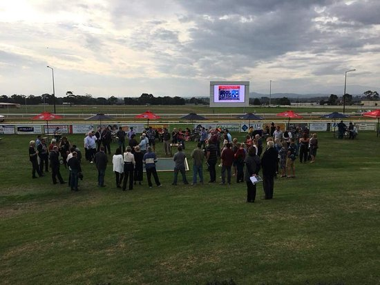 Moe Racing Club - Mackay Tourism