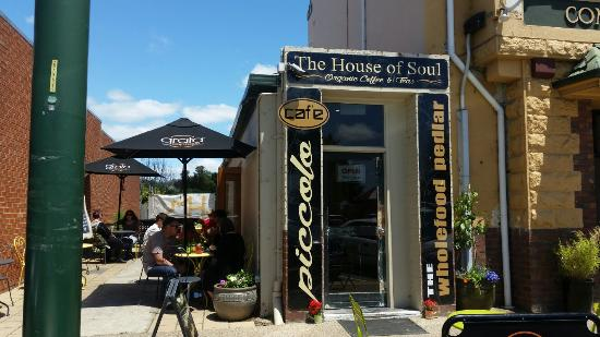 Cafe Piccolo - Mackay Tourism