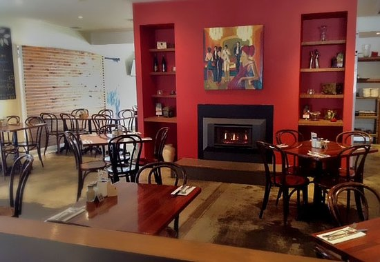 RED Wine Bar and Bistro - Mackay Tourism