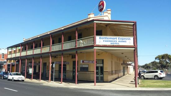 Farmers Arms Hotel - Mackay Tourism