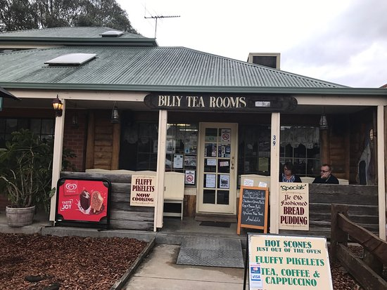 Glenrowan Dad and Dave's Billy Tea Rooms and Accommodation - Mackay Tourism