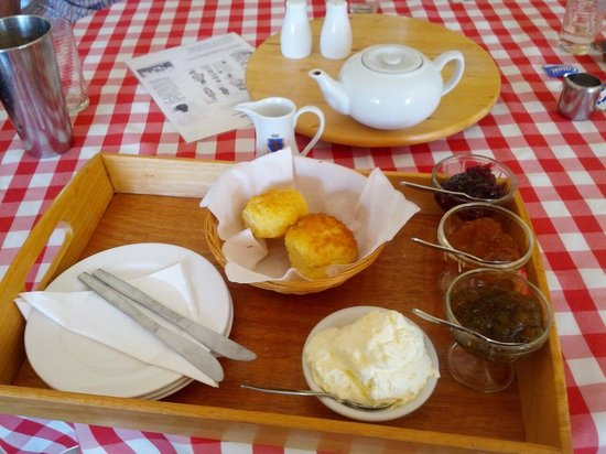 Le Cafe at Applespice Cottage - Mackay Tourism
