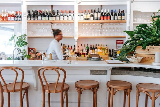 Queen St Eatery  Wine Bar - Mackay Tourism