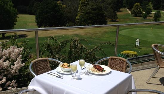 Wentworth Falls Country Club Brasserie - Mackay Tourism