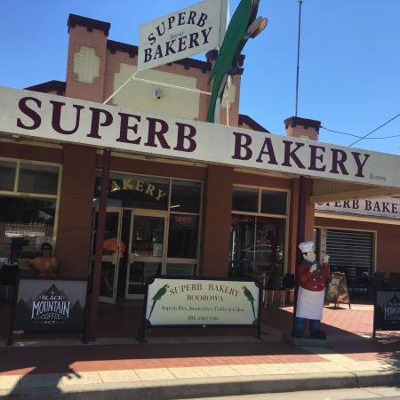 Boorowa Superb Bakery - Mackay Tourism