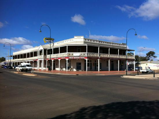Great Western Cobar Hotel-Motel - Mackay Tourism