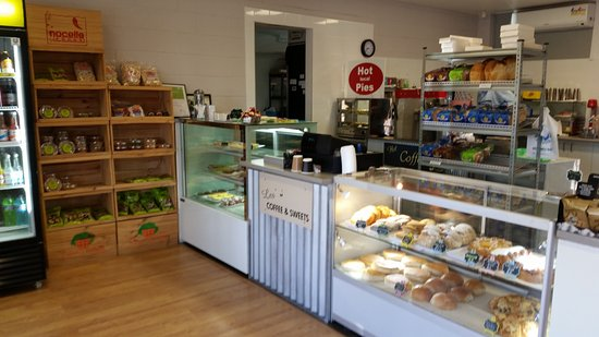 Les' Coffee and Sweets - Mackay Tourism