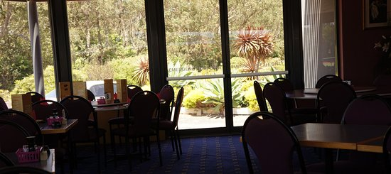 Tathra Beach Country Club - Mackay Tourism