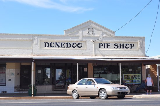 Dunedoo Pie Shop - Mackay Tourism