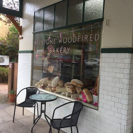 Rylstone Woodfired Bakery - Mackay Tourism