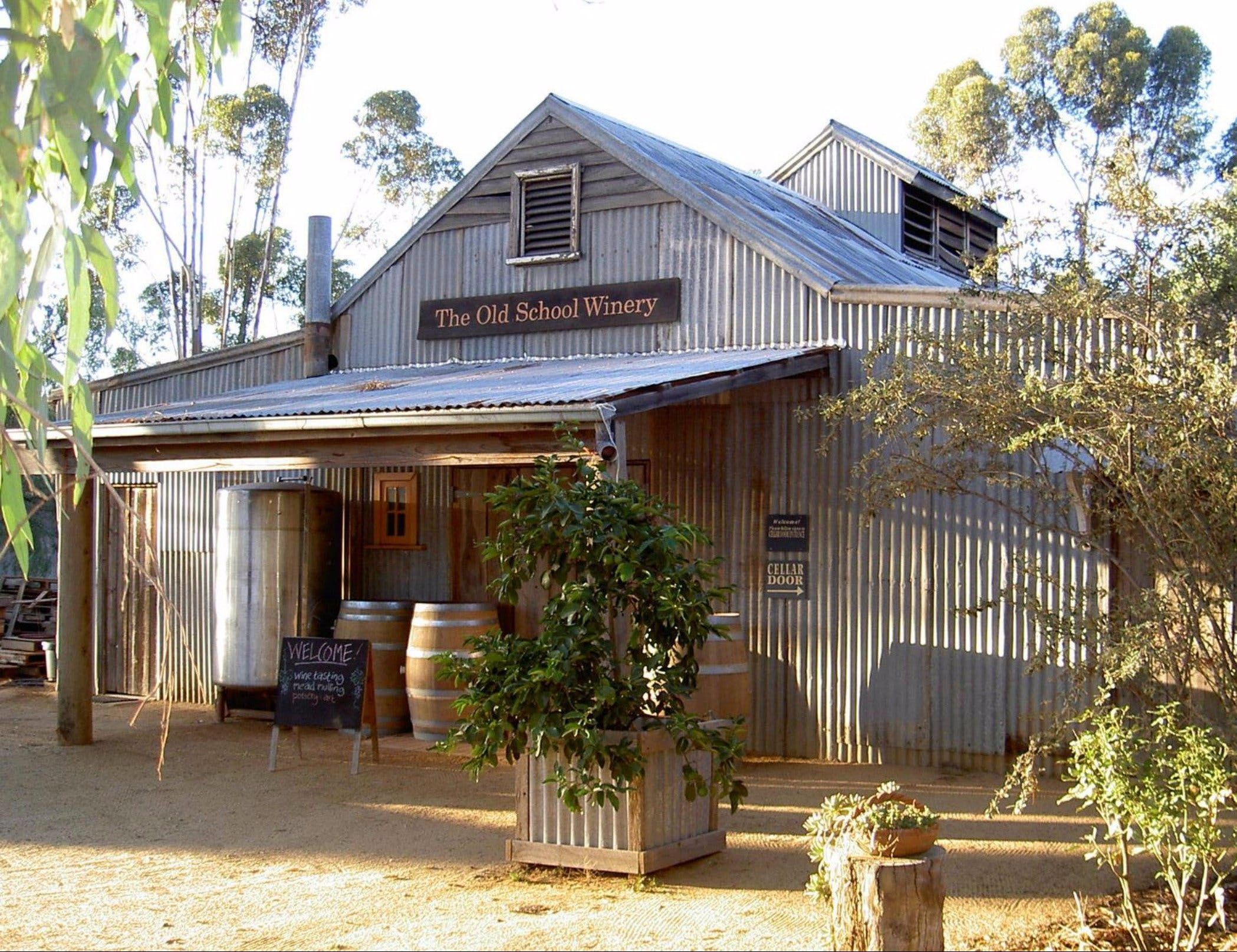 Old School Winery and Meadery - Mackay Tourism