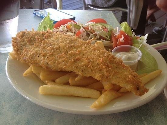 Flying Fish Point Cafe - Mackay Tourism