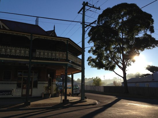Historic Holmesville Hotel - Mackay Tourism