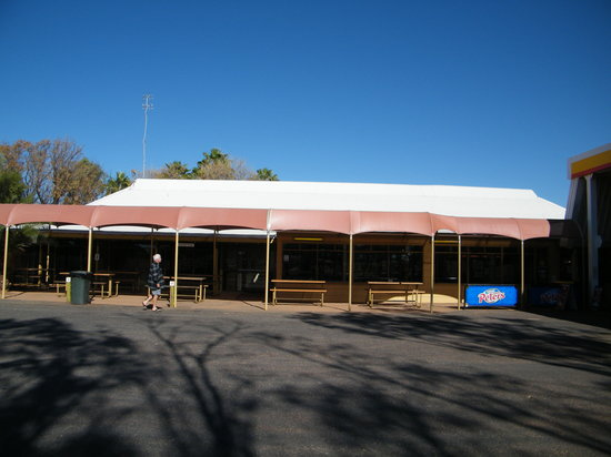 Erldunda Roadhouse - Mackay Tourism