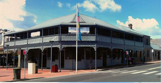 The New England Hotel - Mackay Tourism