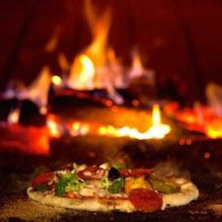 Jens Woodfired Pizzas - Mackay Tourism