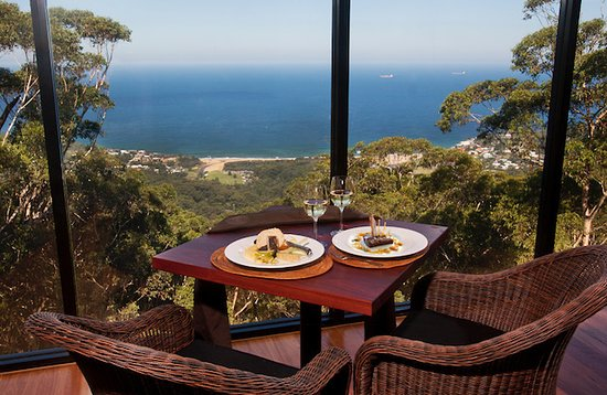 Tumbling Waters Retreat  Restaurant - Mackay Tourism