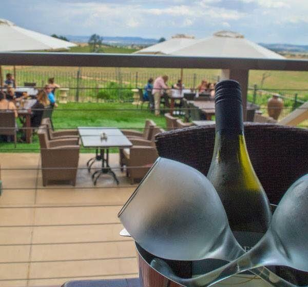 Cottontails Restaurant and Winery - Mackay Tourism