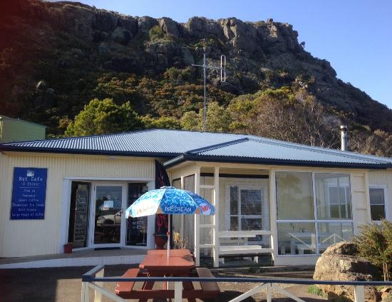 Nut Rock Cafe - Mackay Tourism