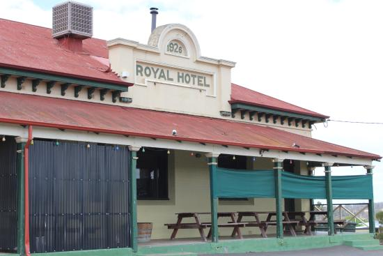 Royal Hotel - Mackay Tourism