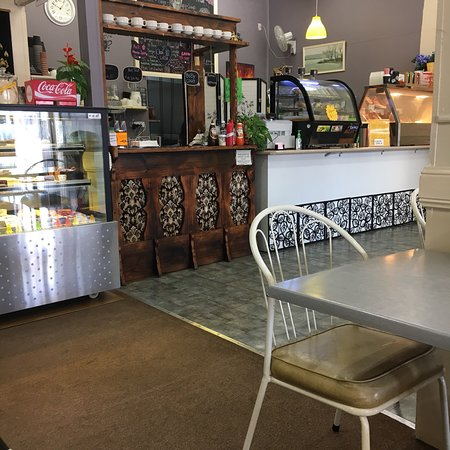 Full Moon Cafe and Thai Restaurant - Mackay Tourism