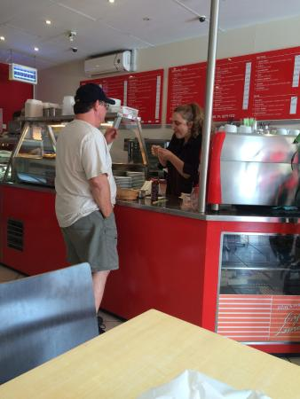 Blackwood Cafe  Lunch Bar - Mackay Tourism