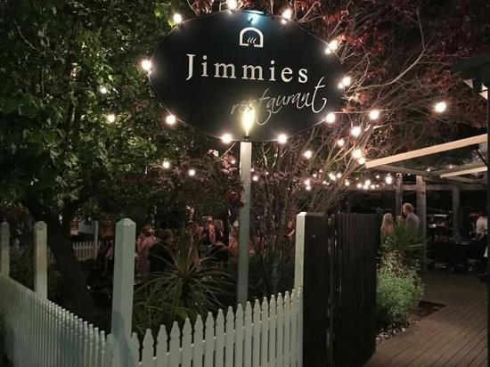 Jimmies on the Summit - Mackay Tourism