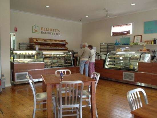 Elliott's Bakery  Cafe - Mackay Tourism