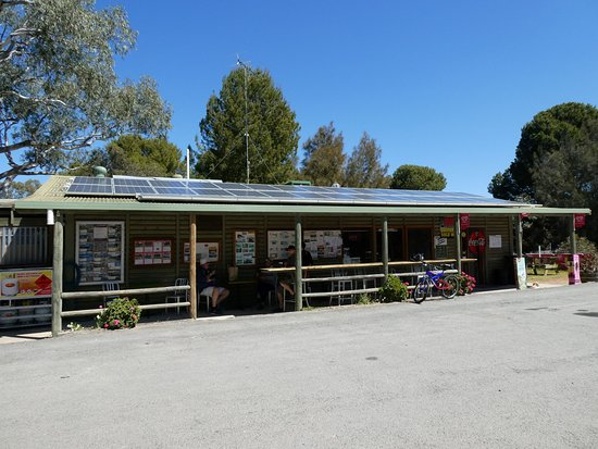 Walker Flat General Store - Mackay Tourism