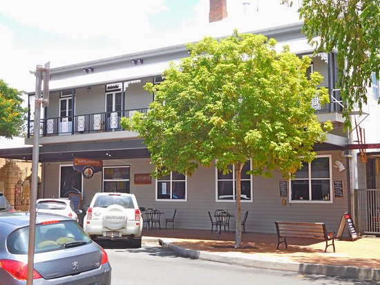 Queenslander Hotel - Mackay Tourism