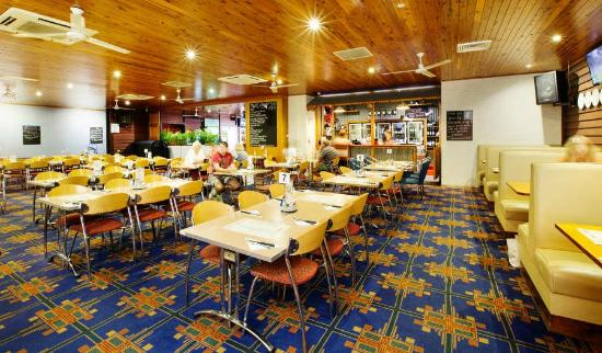 Coutts Commercial Tavern - Mackay Tourism