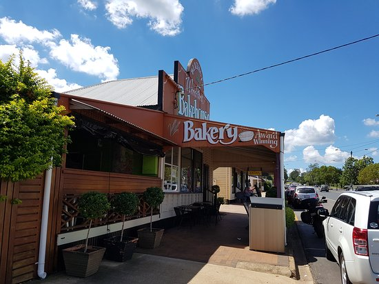 Blackbutt Woodfired Bakery - Mackay Tourism