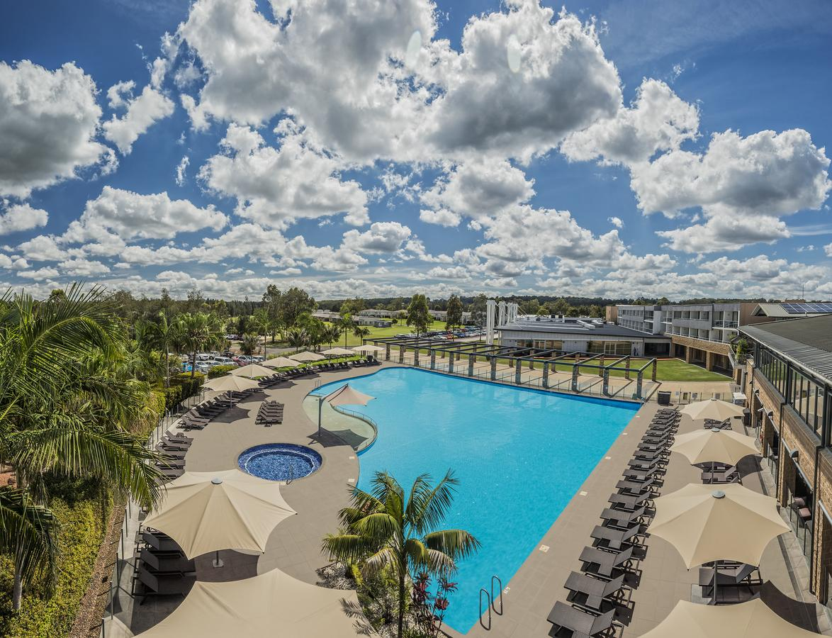 Crowne Plaza Hunter Valley - Mackay Tourism