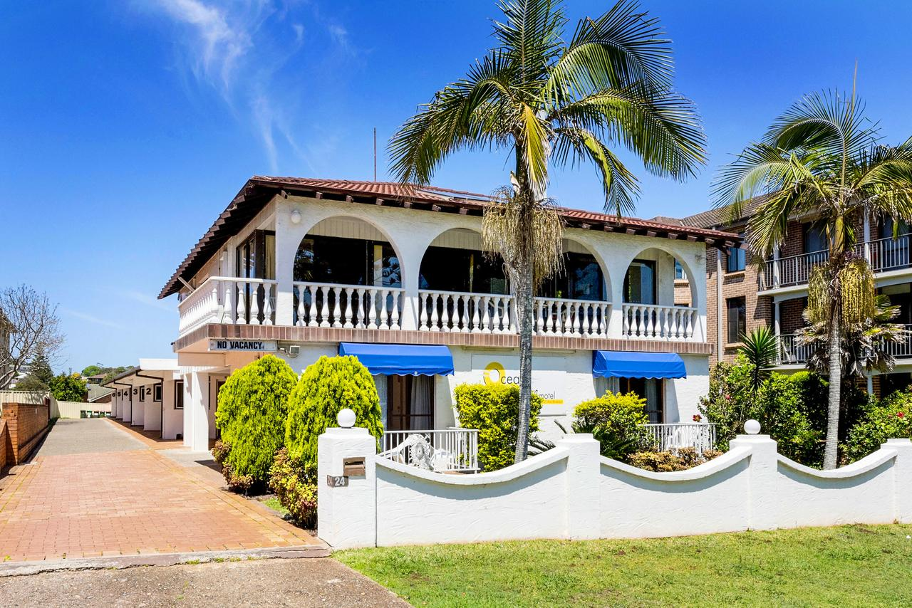 OCEAN BREEZE MOTEL - Mackay Tourism