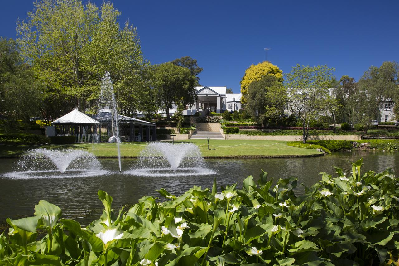 Crowne Plaza Hawkesbury Valley - Mackay Tourism