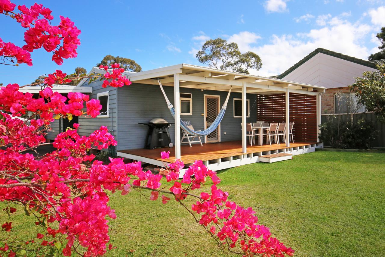 Hayes Beach House - Jervis Bay - Pet Friendly - Mackay Tourism