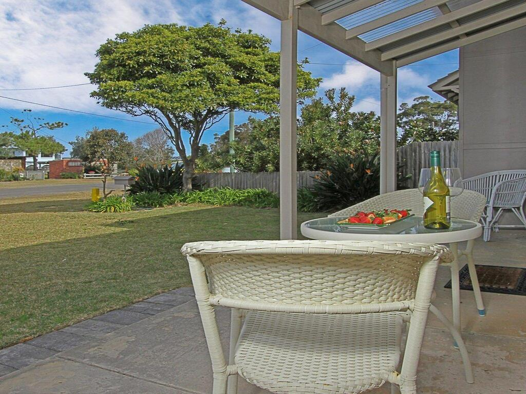 Callala Beach Cottage - charm and character - Mackay Tourism