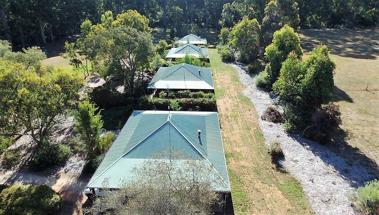 Treenbrook Cottages - Mackay Tourism