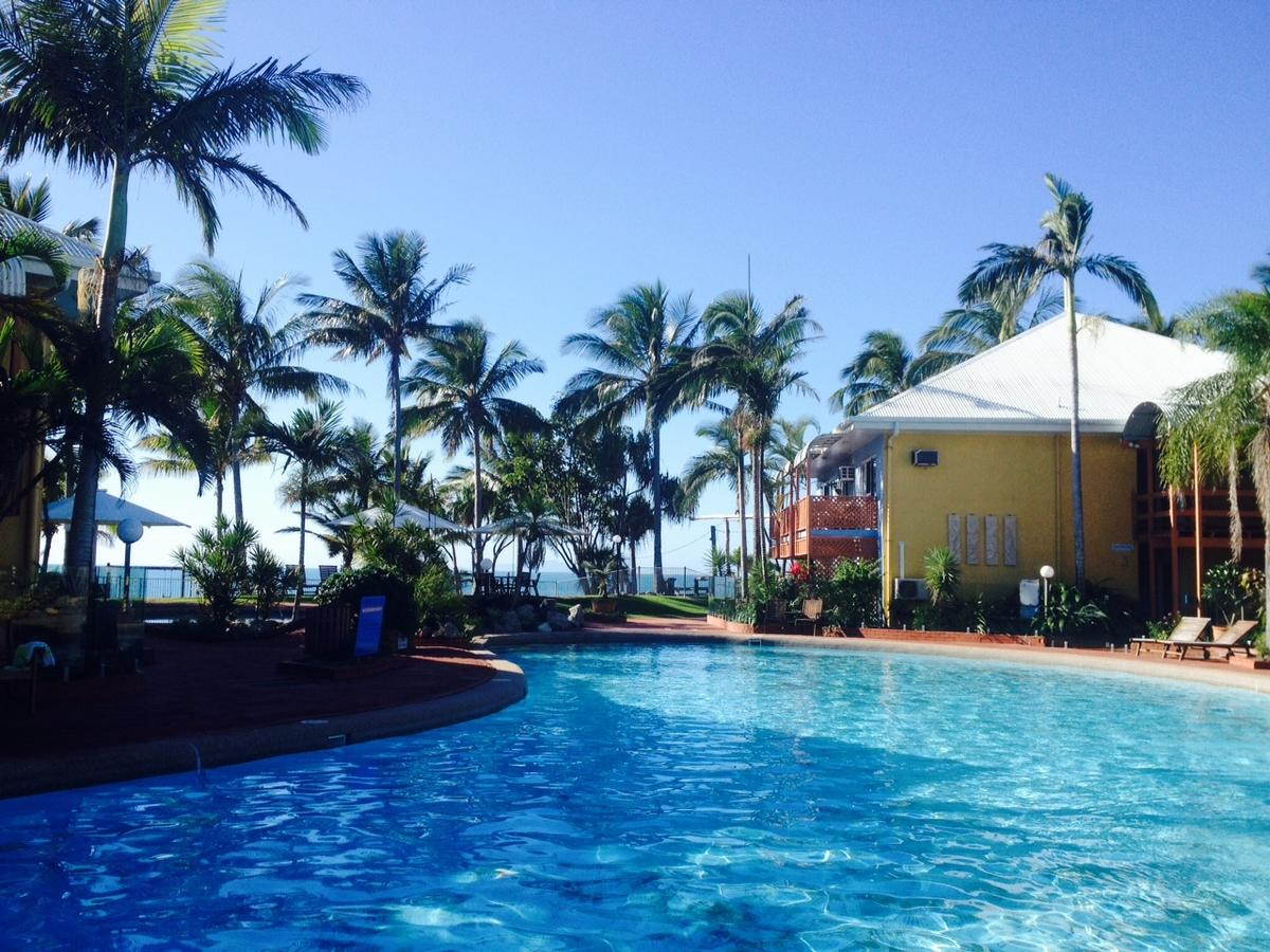 Dolphin Heads Resort - Mackay Tourism
