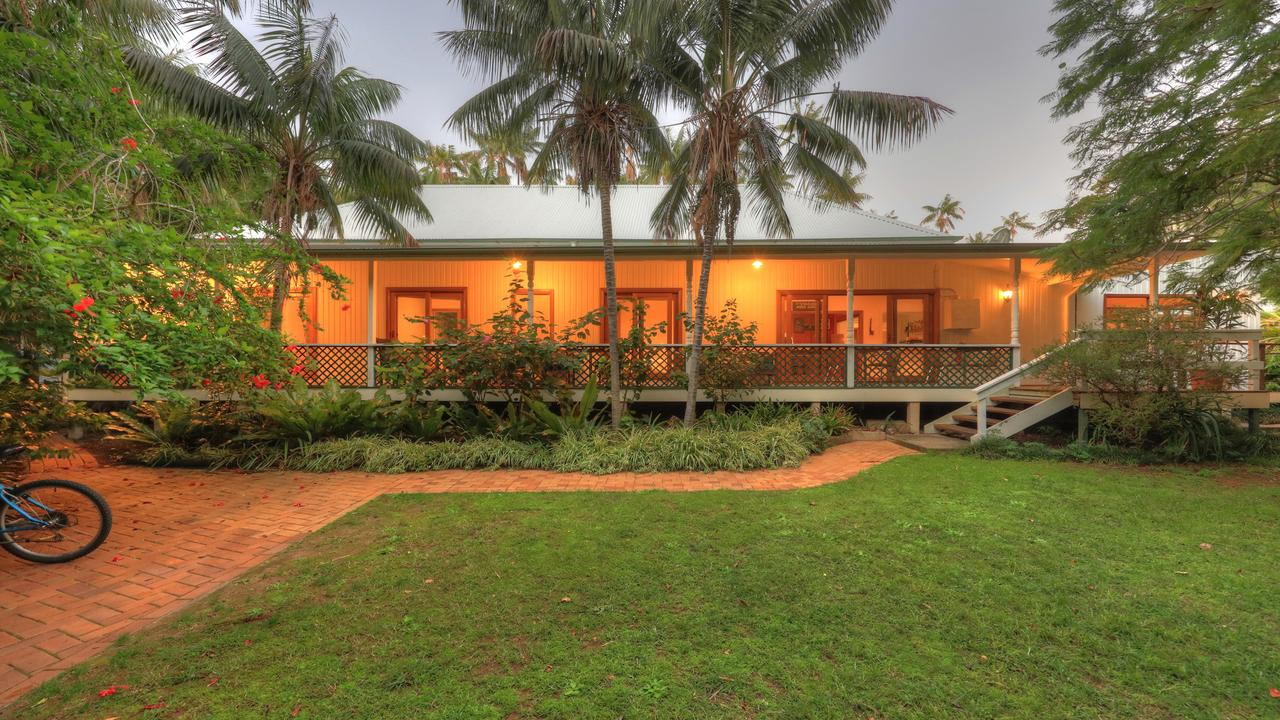 Beachcomber Lodge - Mackay Tourism