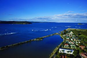 Batemans Bay Marina Resort - Mackay Tourism